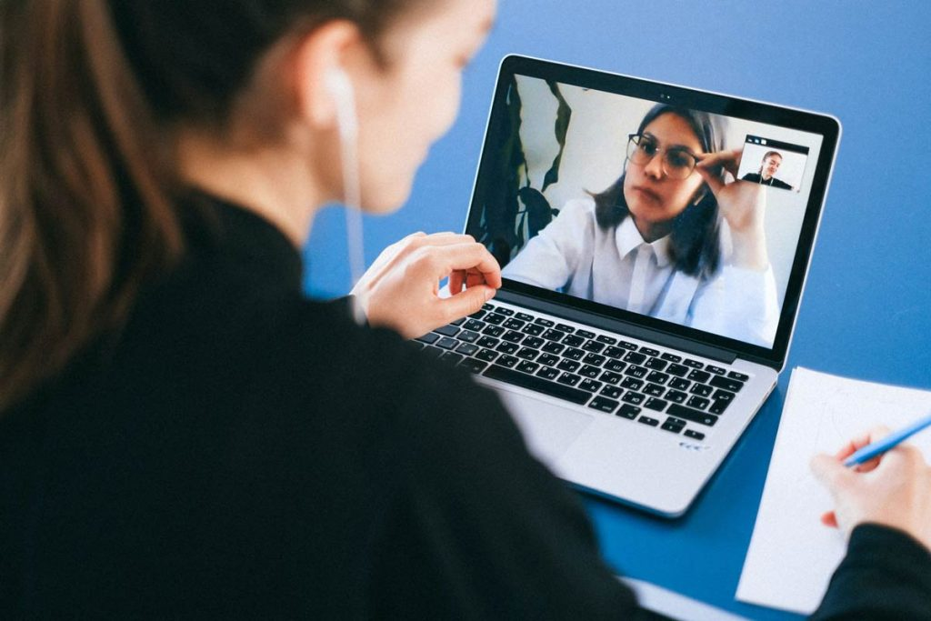Call Center Communication Tools for Remote Workers